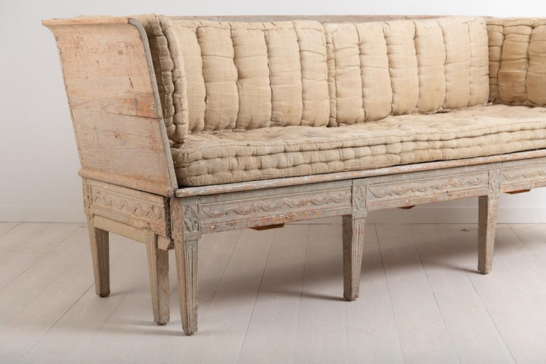 Late 18th Century Neoclassic Swedish Sofa In Good Condition For Sale In Kramfors, SE