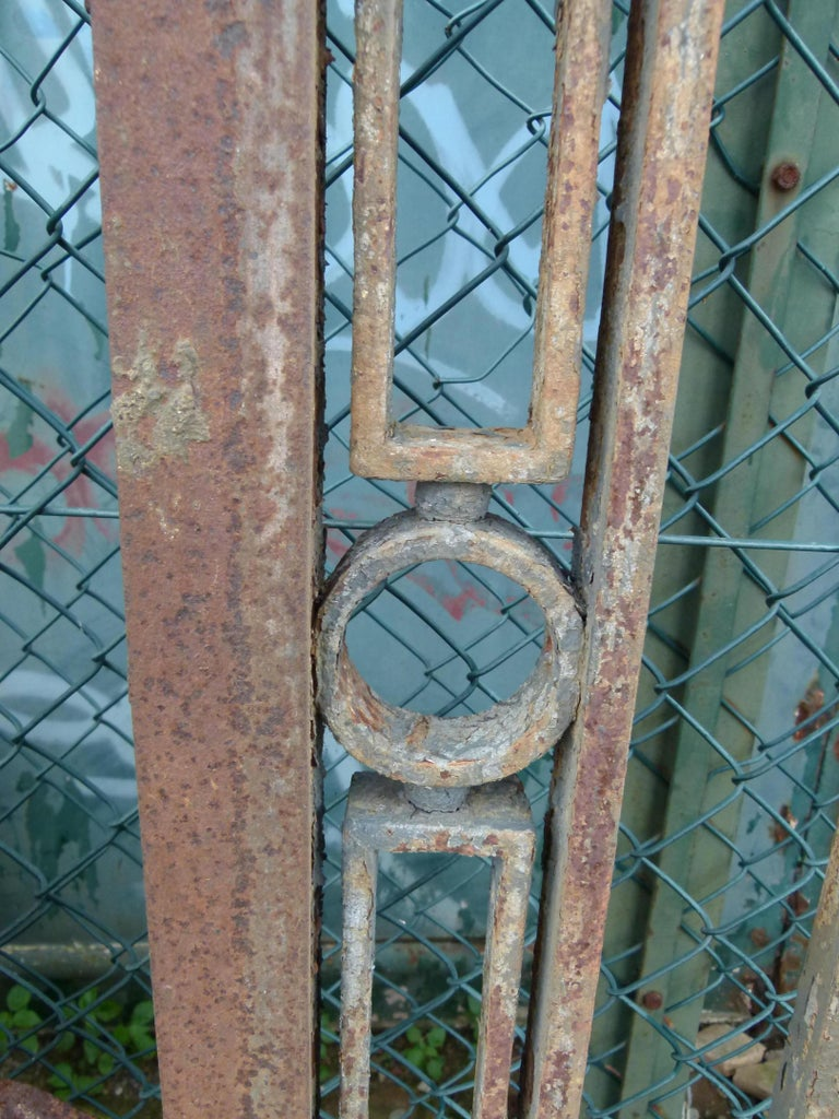 Late 18th Century Spanish Iron Gate For Sale 2