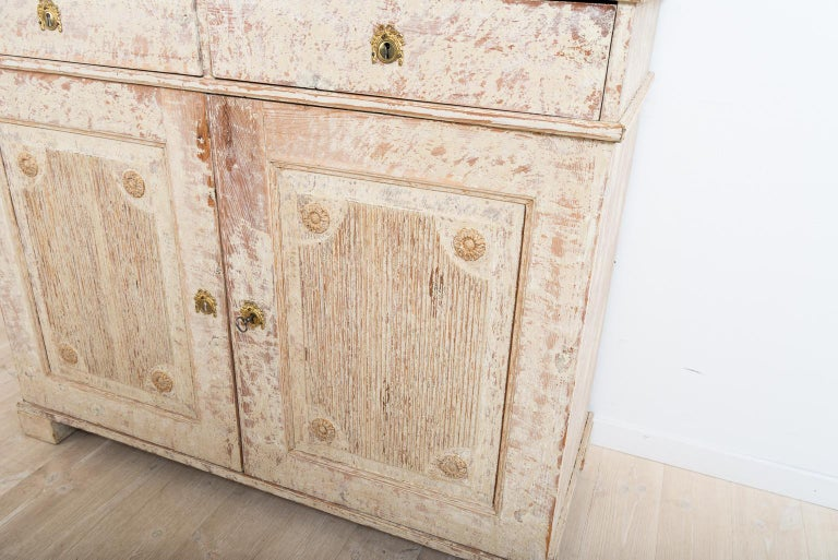 Late 18th Century Swedish Double Doored Gustavian Sideboard For Sale 1