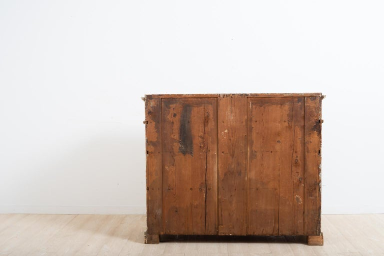 Late 18th Century Swedish Double Doored Gustavian Sideboard For Sale 4