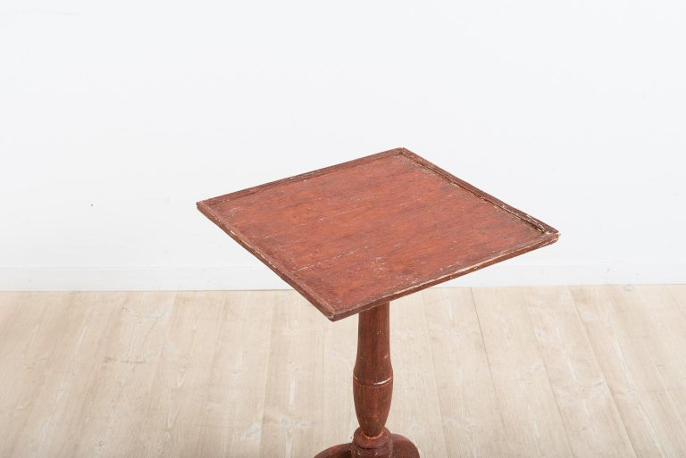 Pine Late 18th Century Swedish Gustavian Pedestal Table For Sale