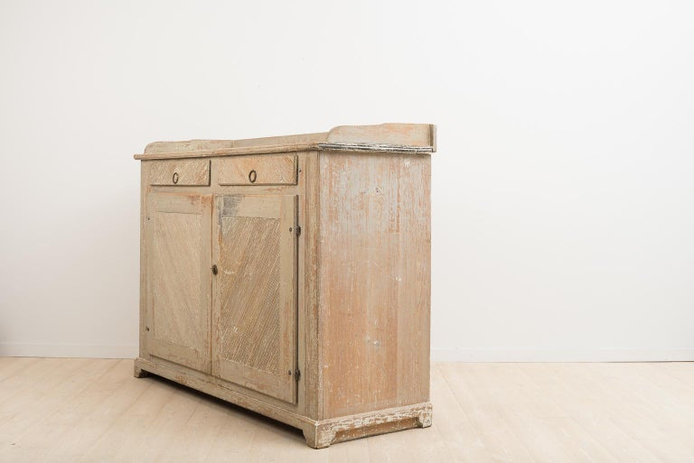 Hand-Painted Late 18th Century Swedish Gustavian Sideboard in Original Condition For Sale