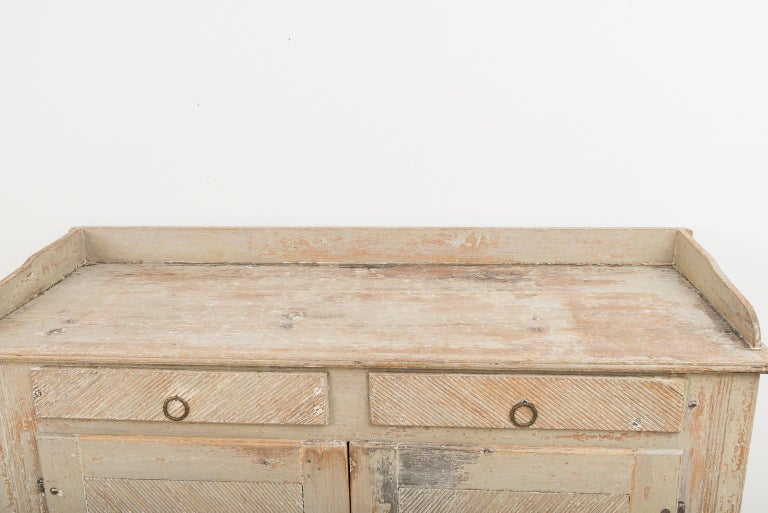 Pine Late 18th Century Swedish Gustavian Sideboard in Original Condition For Sale