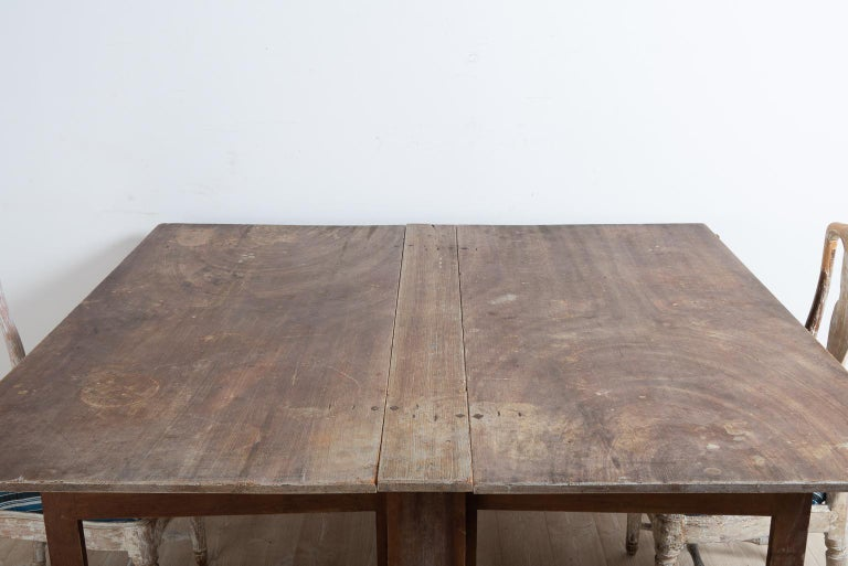 Late 18th Century Swedish Untouched Gustavian Drop-Leaf Table For Sale 4