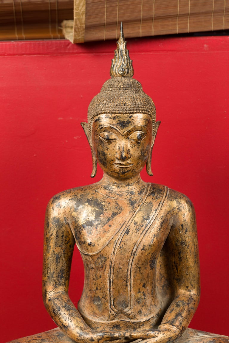 Late 18th Century Thai Gilt Bronze Meditative Seated Buddha Statue on Pedestal For Sale 8