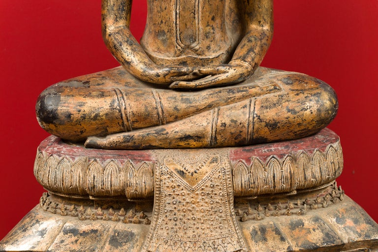 Late 18th Century Thai Gilt Bronze Meditative Seated Buddha Statue on Pedestal For Sale 11