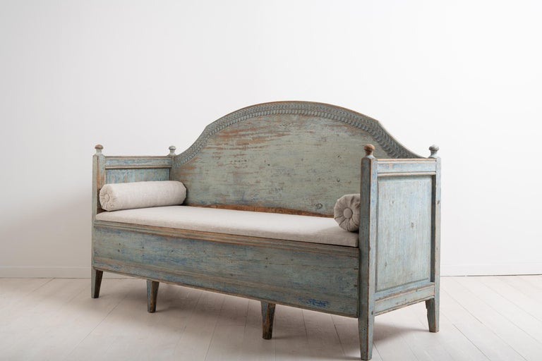 Late 18th Century Unusual Swedish Gustavian Sofa In Good Condition For Sale In Kramfors, SE