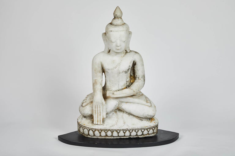 Burmese Late 18th Century White Alabaster Carved Ava Style Buddha Statue For Sale