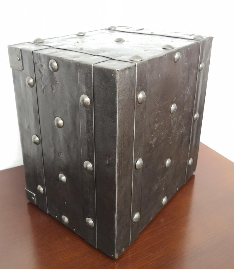 Late 18th Century Wrought Iron Italian Antique Hobnail Studded Safe Strongbox For Sale 5