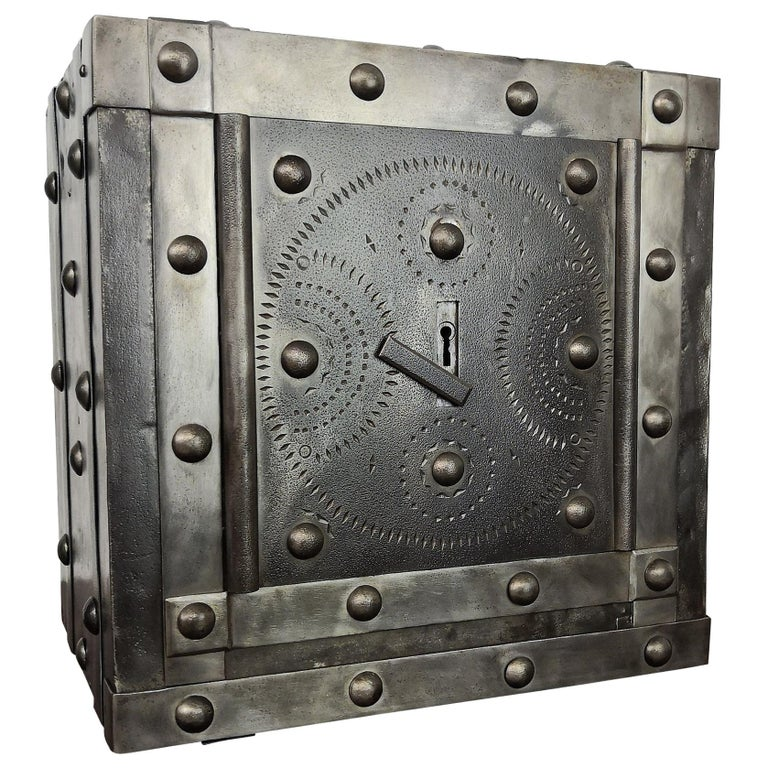 Late 18th Century Wrought Iron Italian Antique Hobnail Studded Safe Strongbox For Sale