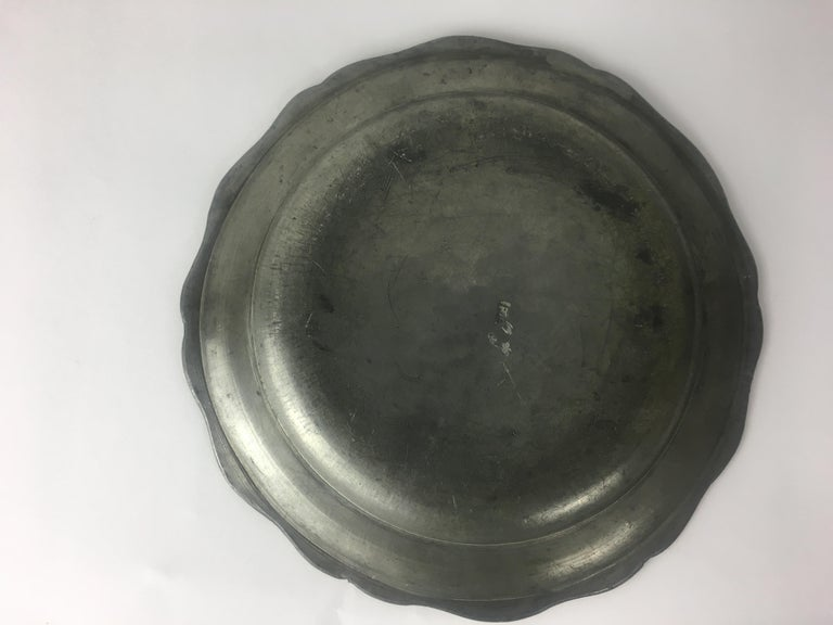 Late 18th-Early 19th Century French Pewter Plate In Good Condition For Sale In Arles, FR