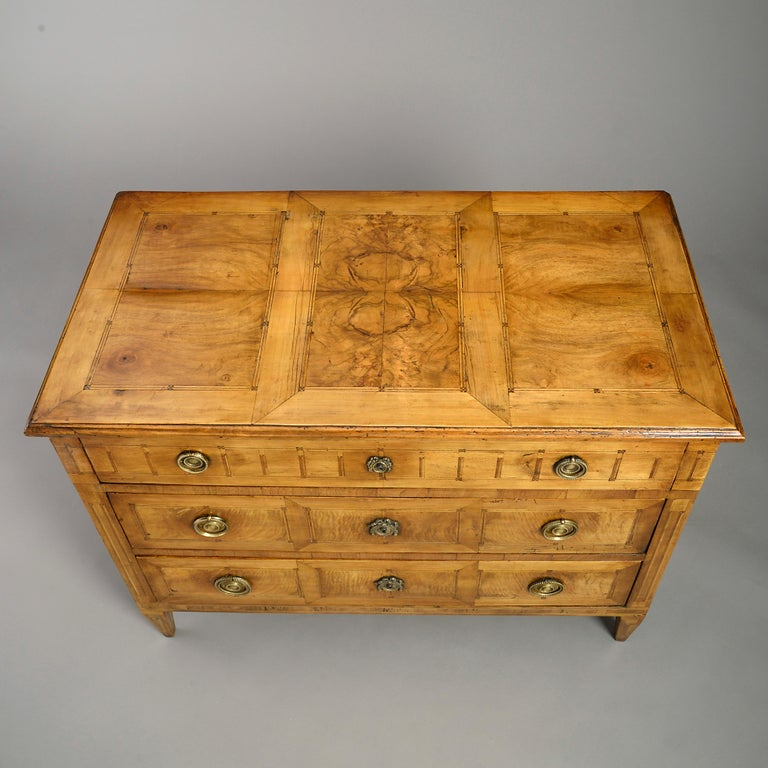 Late 18th Louis XVI Period Walnut Commode In Good Condition In London, GB