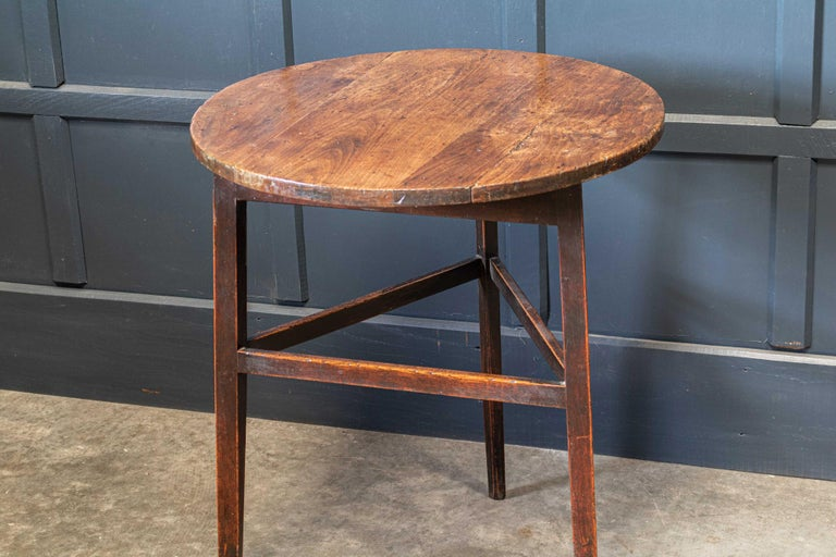 Late 18thc English Ash & Fruitwood Cricket / Tavern Table For Sale 1