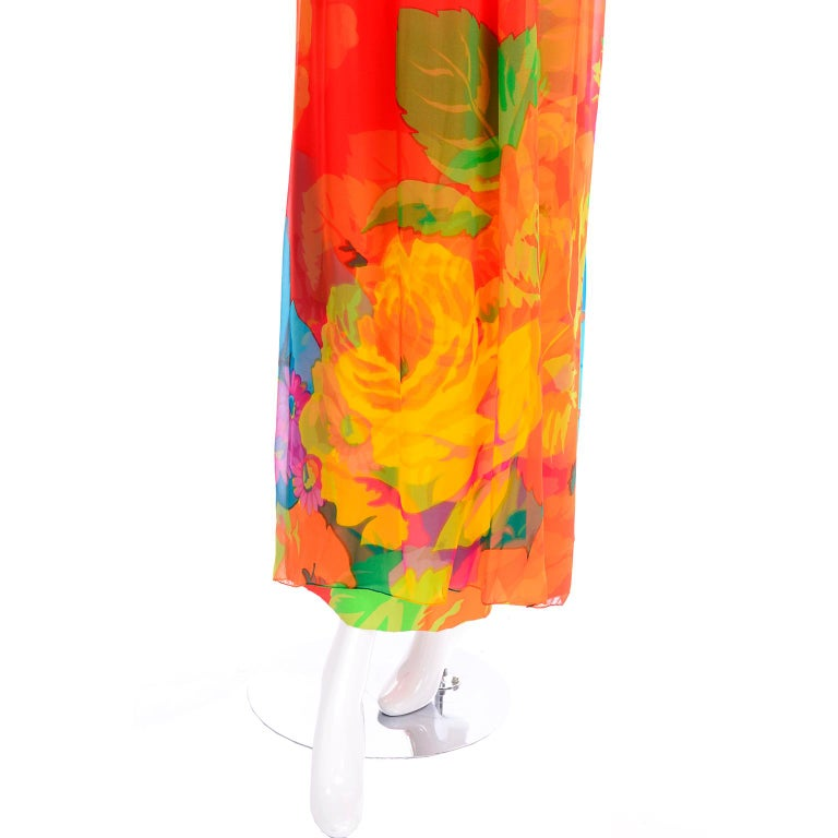 Late 1960s Hanae Mori Vintage Silk Floral Halter Dress w Low Scoop Back For Sale 7