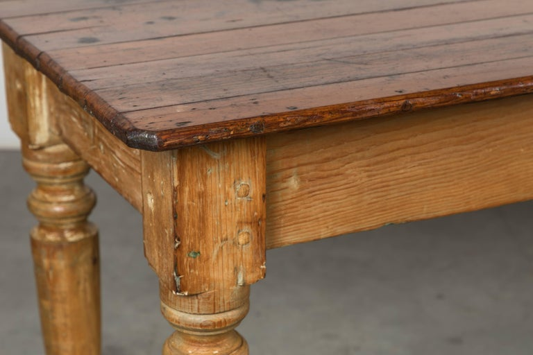 Country Late 19th Century American General Store or Harvest Table For Sale