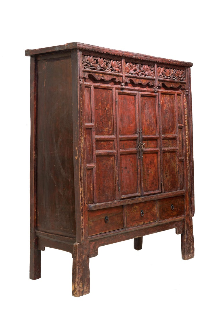 Qing Late 19th Century Antique Red Lacquered Shanxi Cabinet For Sale