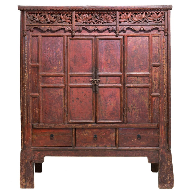 Late 19th Century Antique Red Lacquered Shanxi Cabinet For Sale