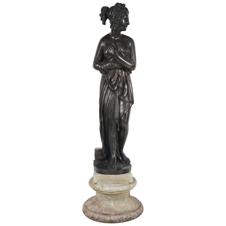Late 19th Century Bronze Statue of Venus For Sale