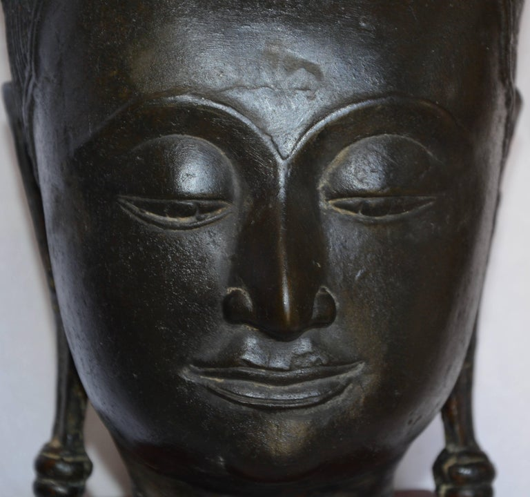 Hand-Carved Cast Bronze Bust of Buddha on Wooden Base, Late 18th Century For Sale