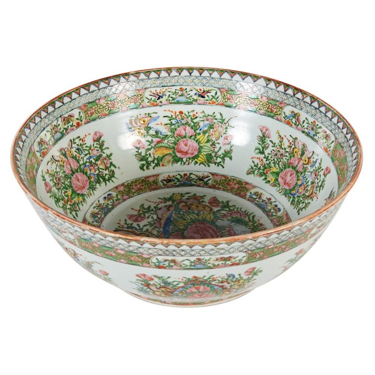 Late 19th Century Chinese Export Rose Medallion Punch Bowl For Sale