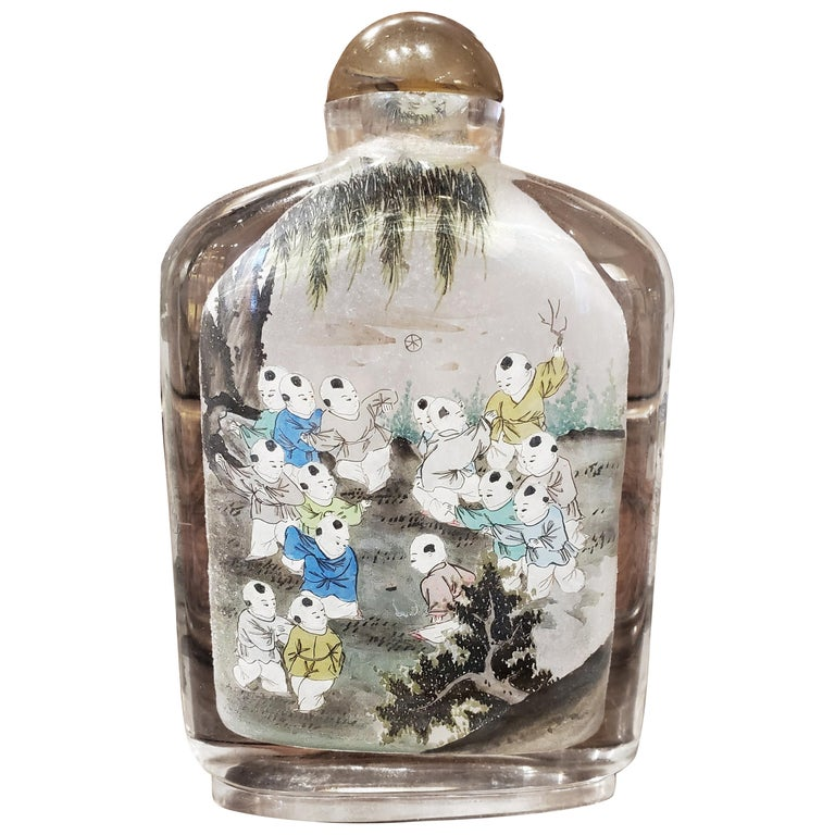 Late 19th Century Chinese Reverse Painted Glass Snuff Bottle For Sale