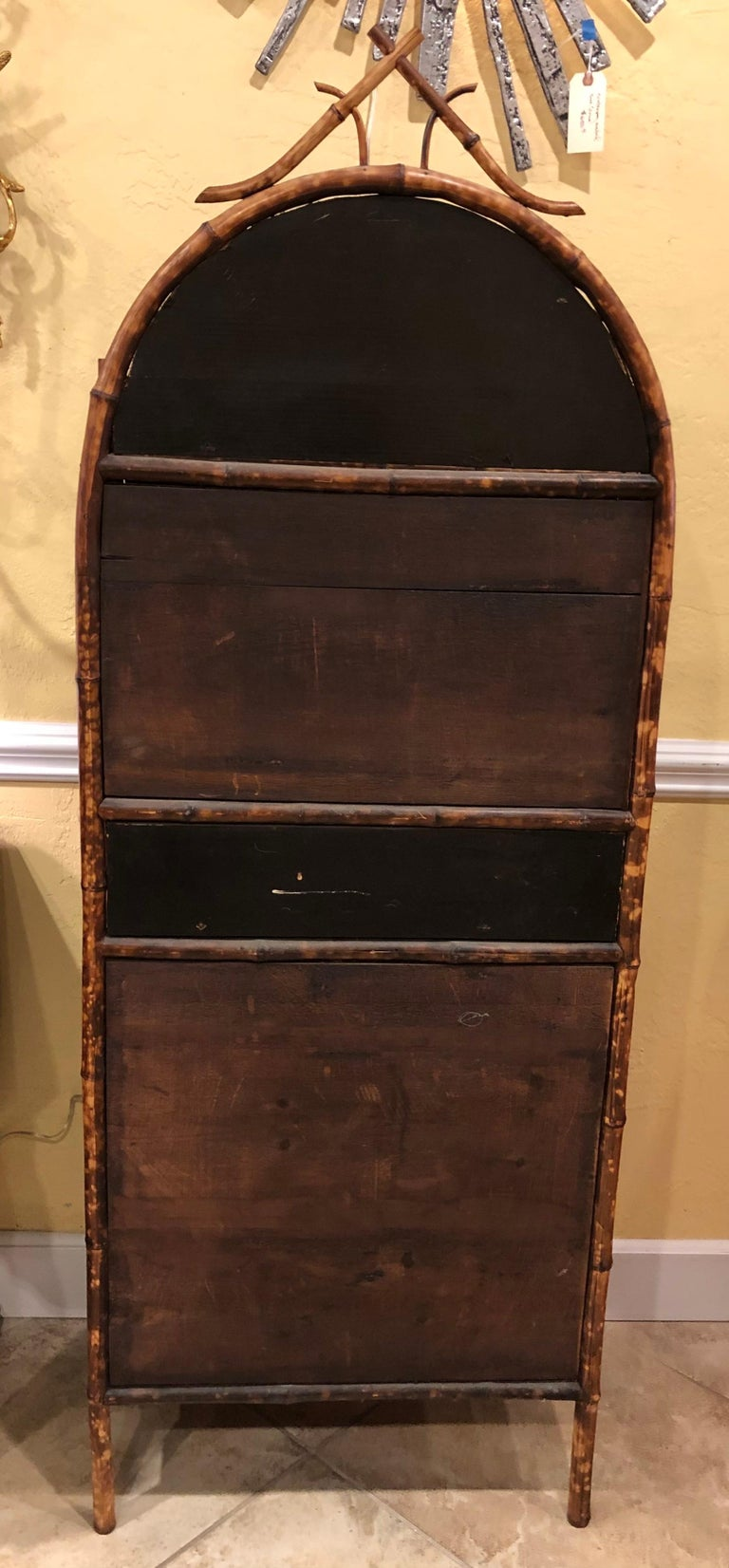 Late 19th Century English Bamboo Lacquered 4-Door 2-Drawer Cabinet For Sale 4