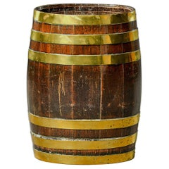 Late 19th Century English Oak Barrel with Brass Bands