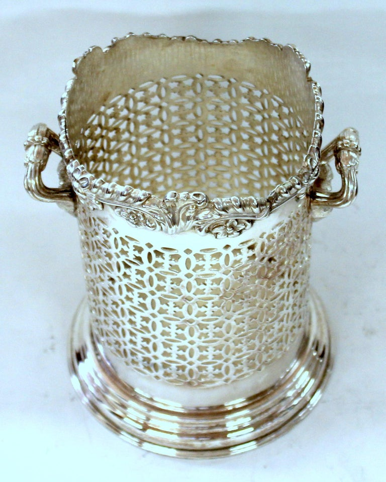 Hand-Crafted Late 19th Century English Silver Plate Rococo Border Syphon or Wine Bottle Stand For Sale