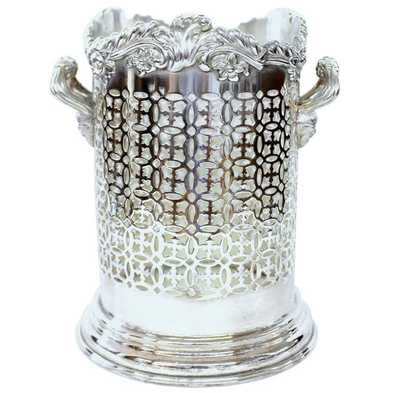 Late 19th Century English Silver Plate Rococo Border Syphon or Wine Bottle Stand For Sale