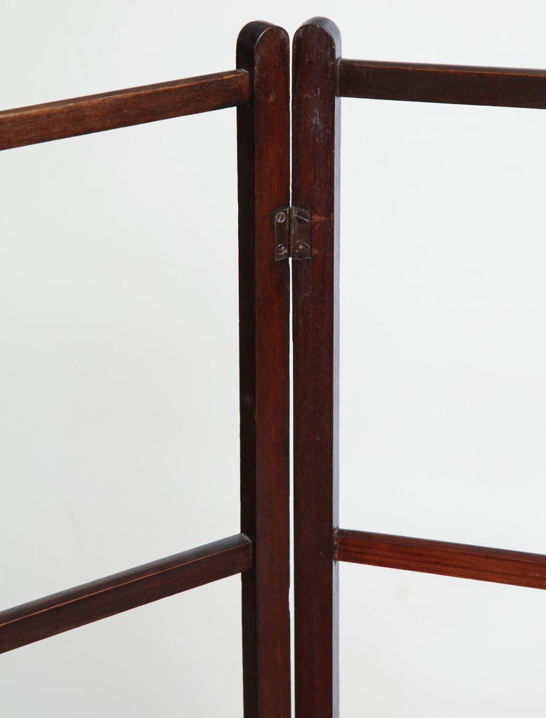 Mahogany Late 19th Century English Towel Rack For Sale