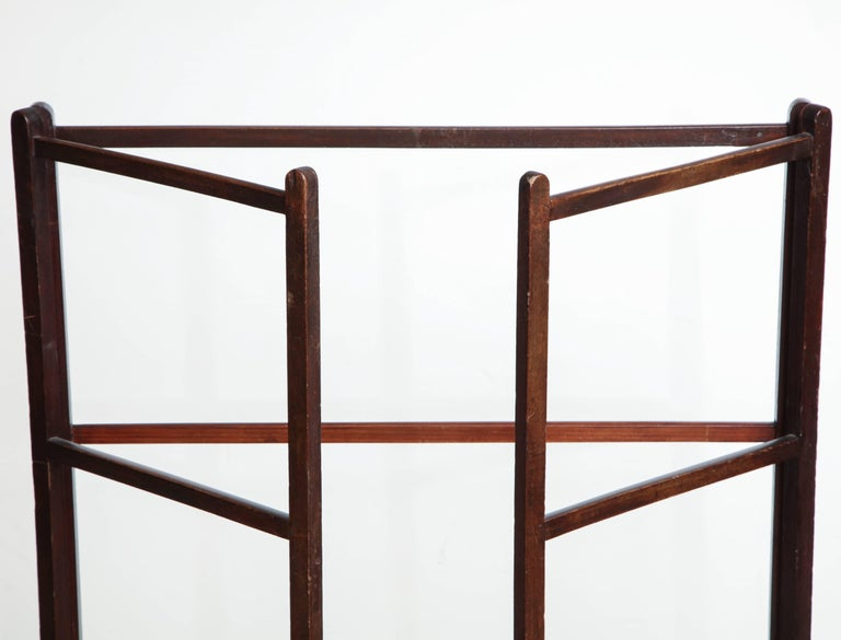 Late 19th Century English Towel Rack For Sale 2