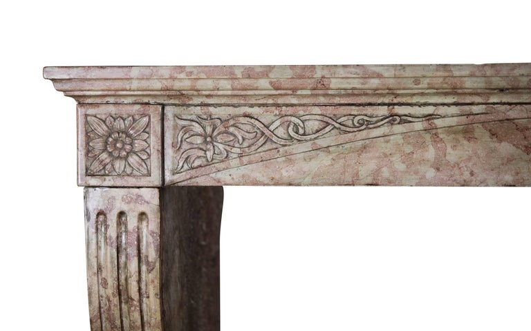 Late 19th Century French Antique Fireplace Surround in Marble Stone For Sale 3