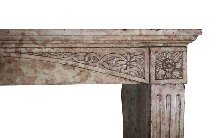 Late 19th Century French Antique Fireplace Surround in Marble Stone For Sale 4
