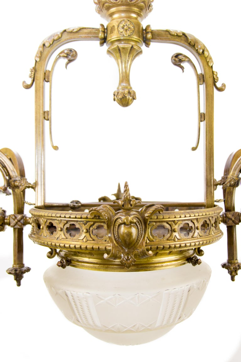 Victorian Late 19th Century French Bronze and Glass Five-Light Chandelier For Sale