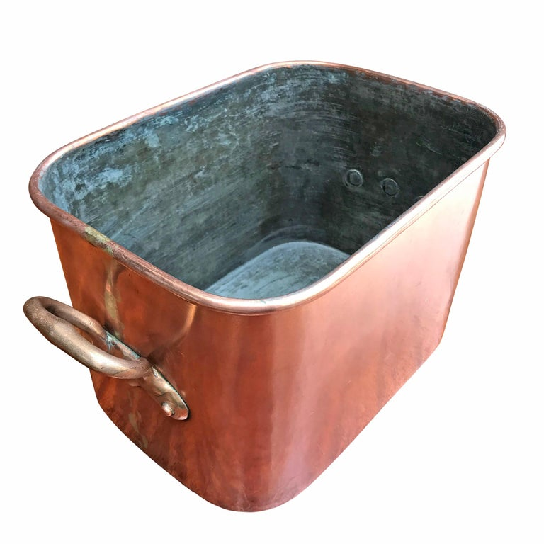 Late 19th Century French Copper Daubiere by J. Jacquotot For Sale 1
