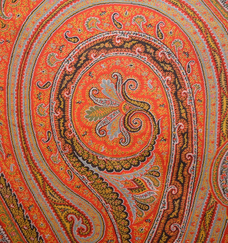 Hand-Woven Late 19th Century French Kashmir Paisley Shawl For Sale