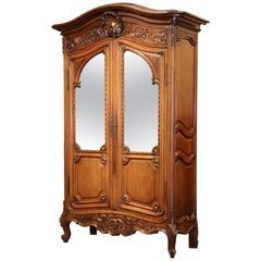 Late 19th Century French Louis XV Carved Walnut Armoire Bookcase from Provence