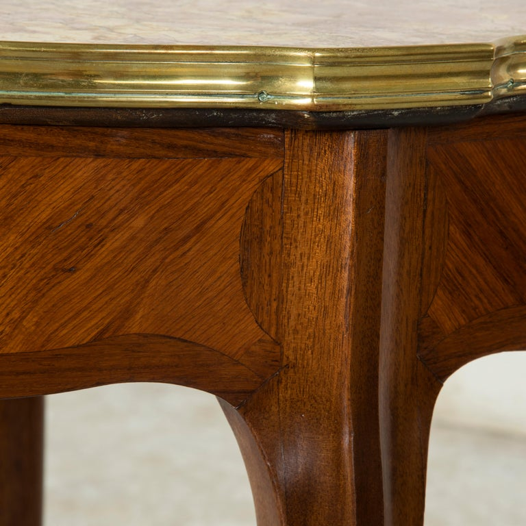 Late 19th Century French Louis XV Style Walnut Gueridon Side Table with Marble For Sale 4