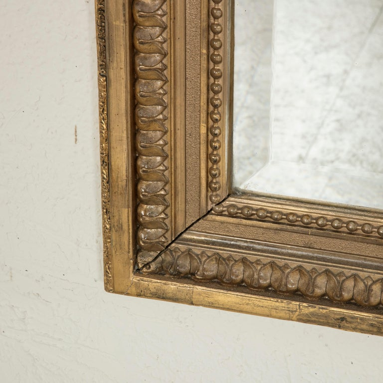 Late 19th Century French Louis XVI Style Gilt Wood Mirror with Wreath For Sale 7