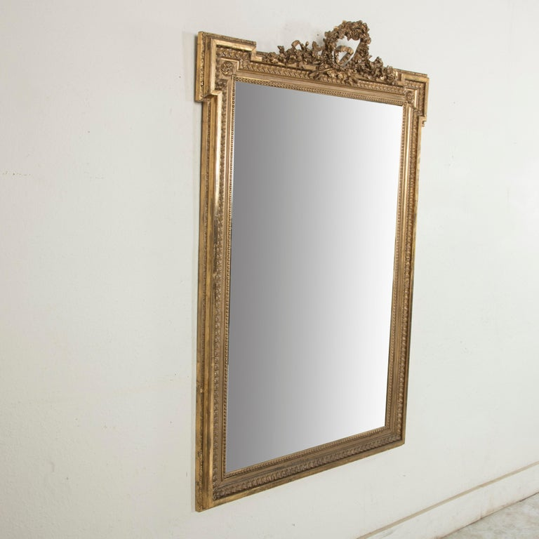 Late 19th Century French Louis XVI Style Gilt Wood Mirror with Wreath In Good Condition For Sale In Fayetteville, AR