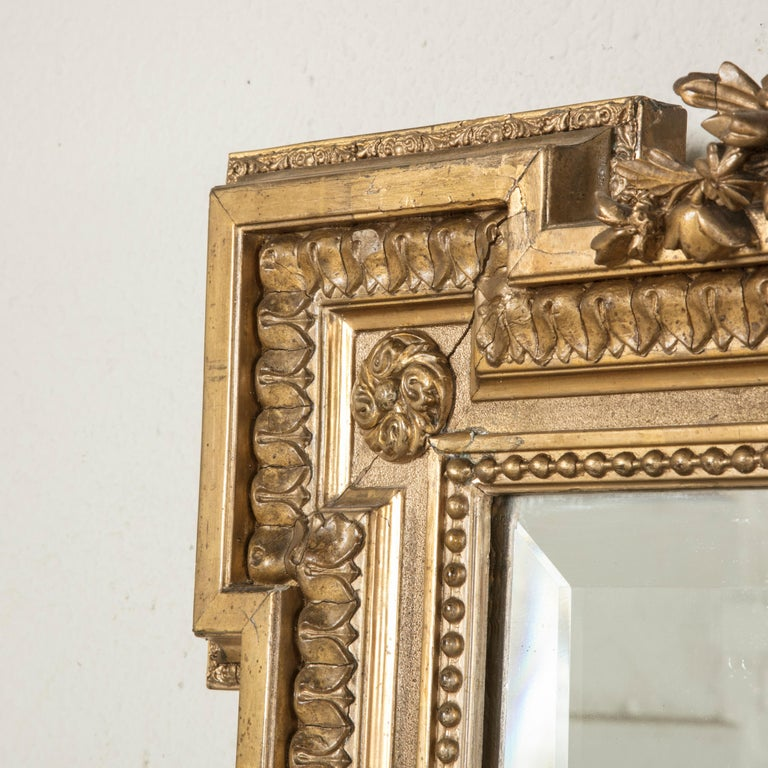 Late 19th Century French Louis XVI Style Gilt Wood Mirror with Wreath For Sale 3