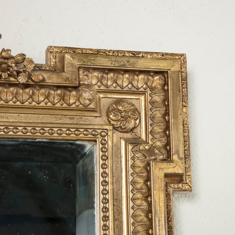 Late 19th Century French Louis XVI Style Gilt Wood Mirror with Wreath For Sale 4