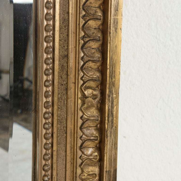 Late 19th Century French Louis XVI Style Gilt Wood Mirror with Wreath For Sale 6