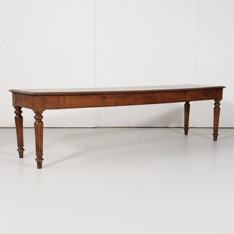 Late 19th Century French Louis XVI Style Pine Hallway Bench For Sale 12