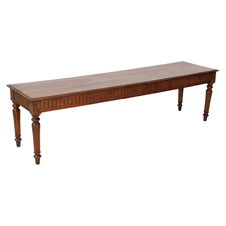 Late 19th Century French Louis XVI Style Pine Hallway Bench For Sale
