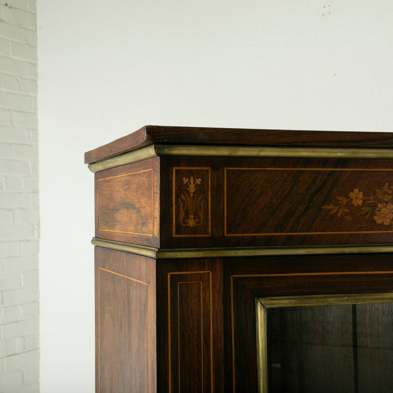 Late 19th Century French Louis XVI Style Rosewood Marquetry Bookcase or Vitrine For Sale 2