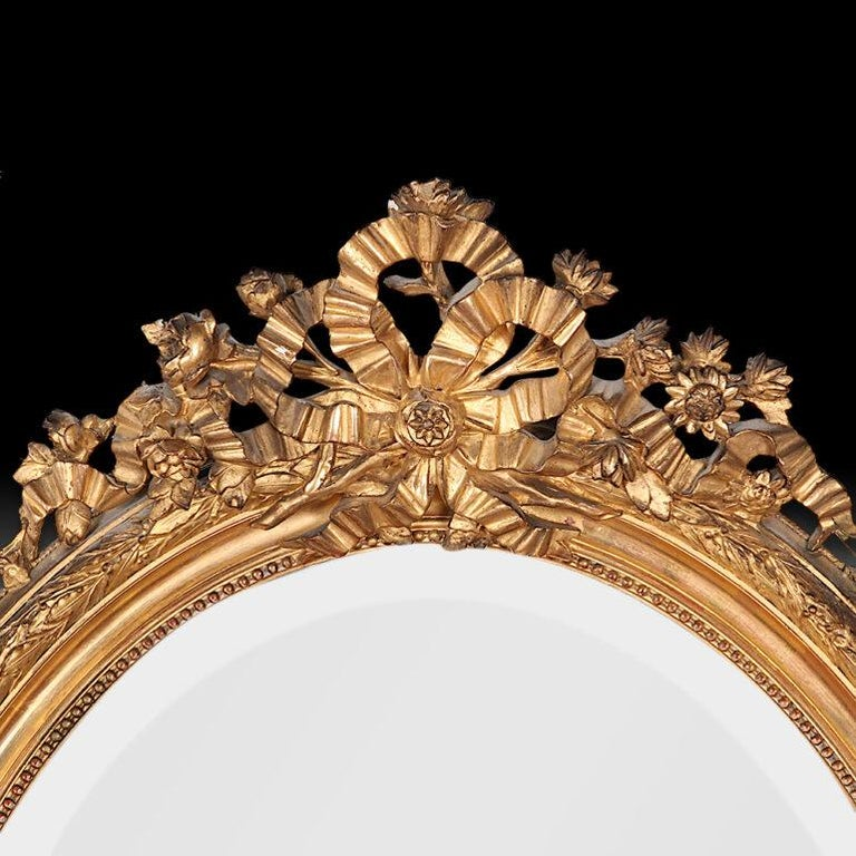 Late 19th Century French Oval Gilt Framed Louis XVI Mirror In Good Condition For Sale In Vancouver, British Columbia