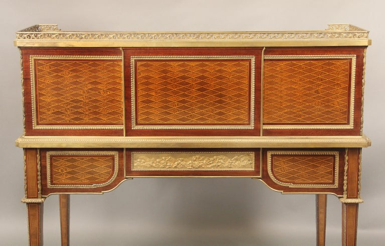 Late 19th Century Gilt Bronze Mounted Bureau a Cylindre by François Linke For Sale 4