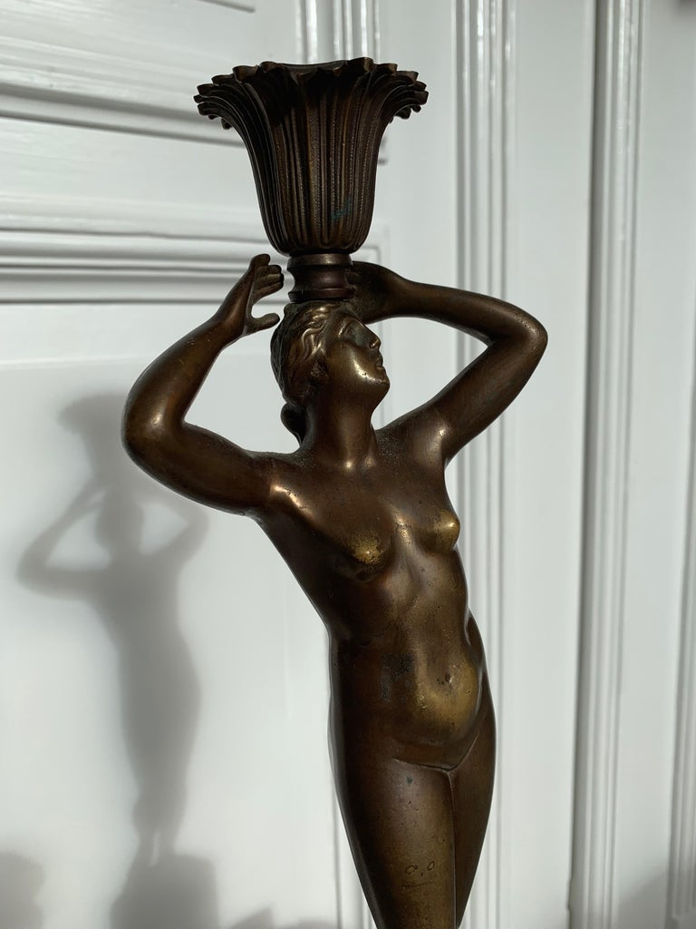 Late 19th Century Grand Tour Italian Bronze Sculpture of Nude Venus Candlestick In Good Condition For Sale In Lisse, NL