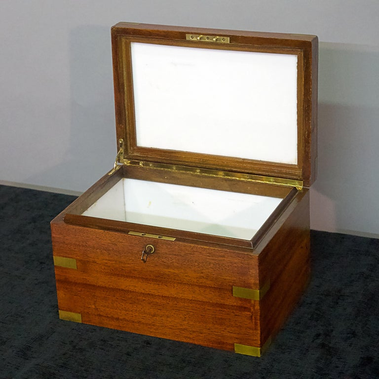 Polished Late 19th Century Humidor For Sale